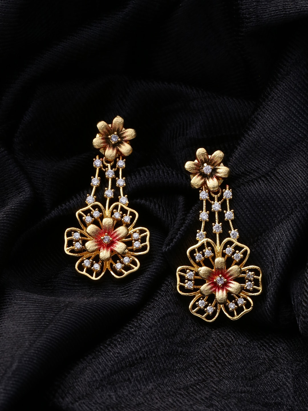 ad9b46112 Women Sarees Clutches Earrings - Buy Women Sarees Clutches Earrings online  in India