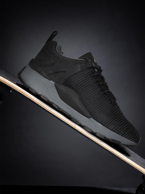 2GO Men Black Training or Gym Shoes