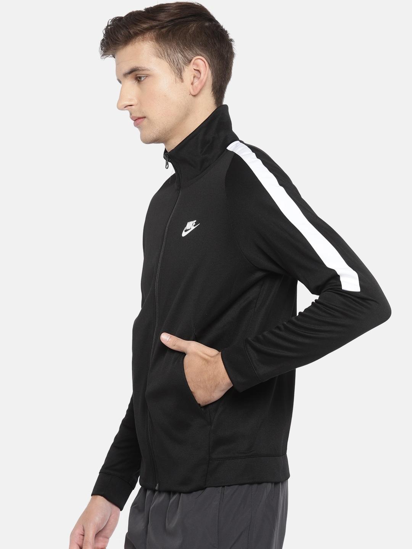 2b48827d9 Nike Jackets - Buy Nike Jacket for Men   Women Online