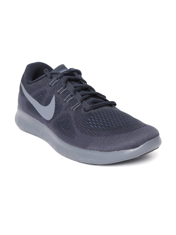2102a2c63fbb Nike Navy Blue Blue Sports Shoes - Buy Nike Navy Blue Blue Sports Shoes  online in India