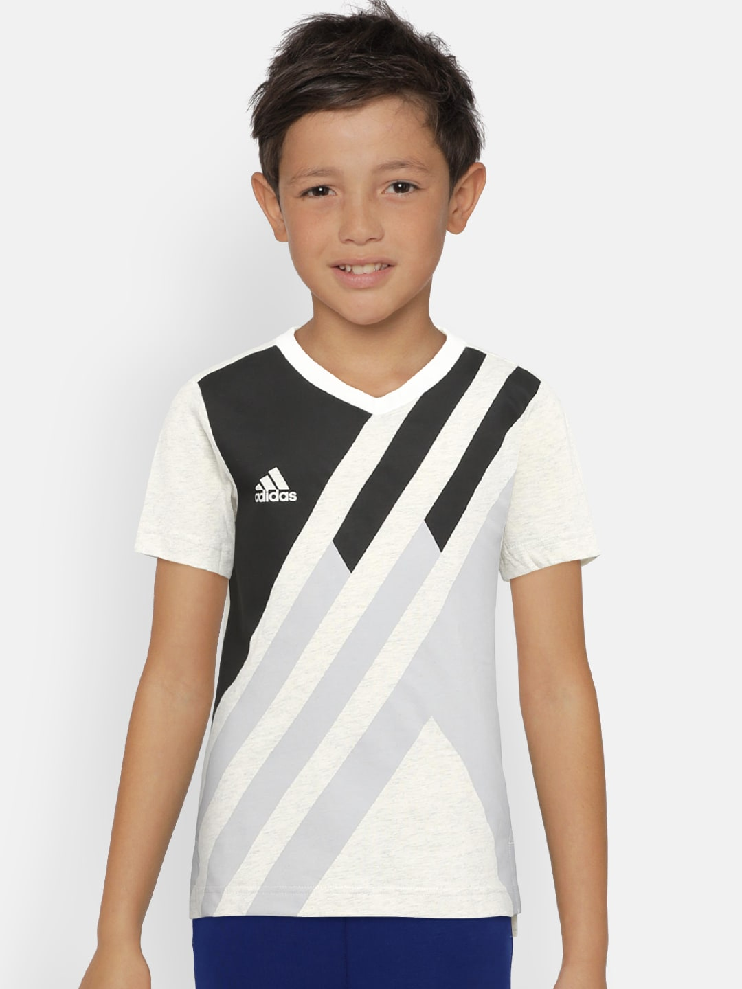 designer fashion 8d2a9 27e39 Adidas Boys Apparel Size G - Buy Adidas Boys Apparel Size G online in India