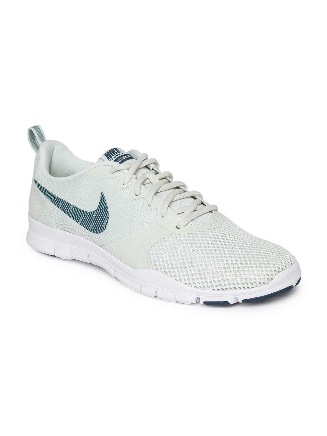 promo code fd542 09edc Nike Training Shoes Women - Buy Nike Training Shoes Women online in India