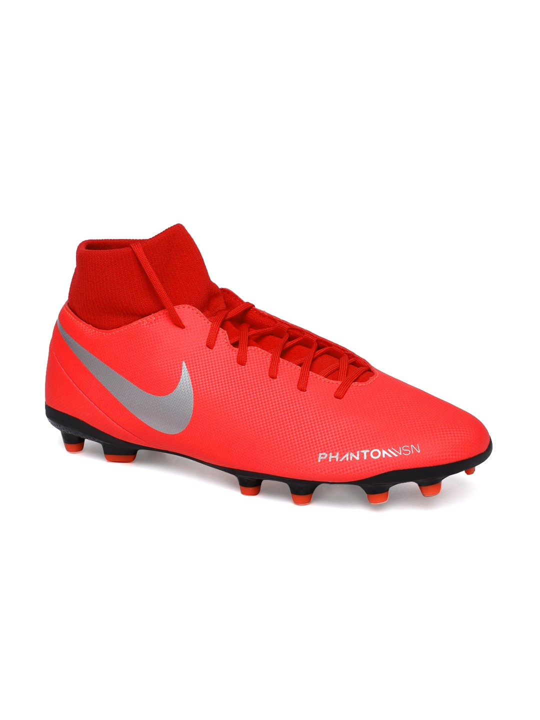 Football Shoes - Buy Football Studs Online for Men   Women in India 34786f73a0d