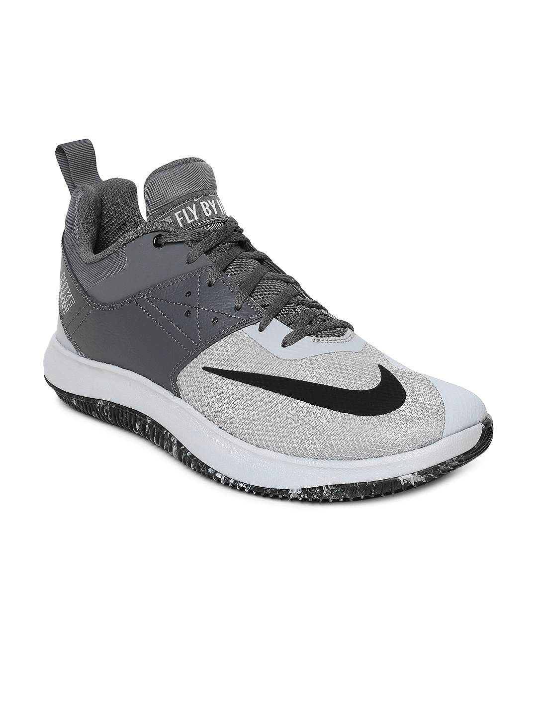 timeless design b1328 edcf6 Nike Shoes - Buy Nike Shoes for Men, Women   Kids Online   Myntra