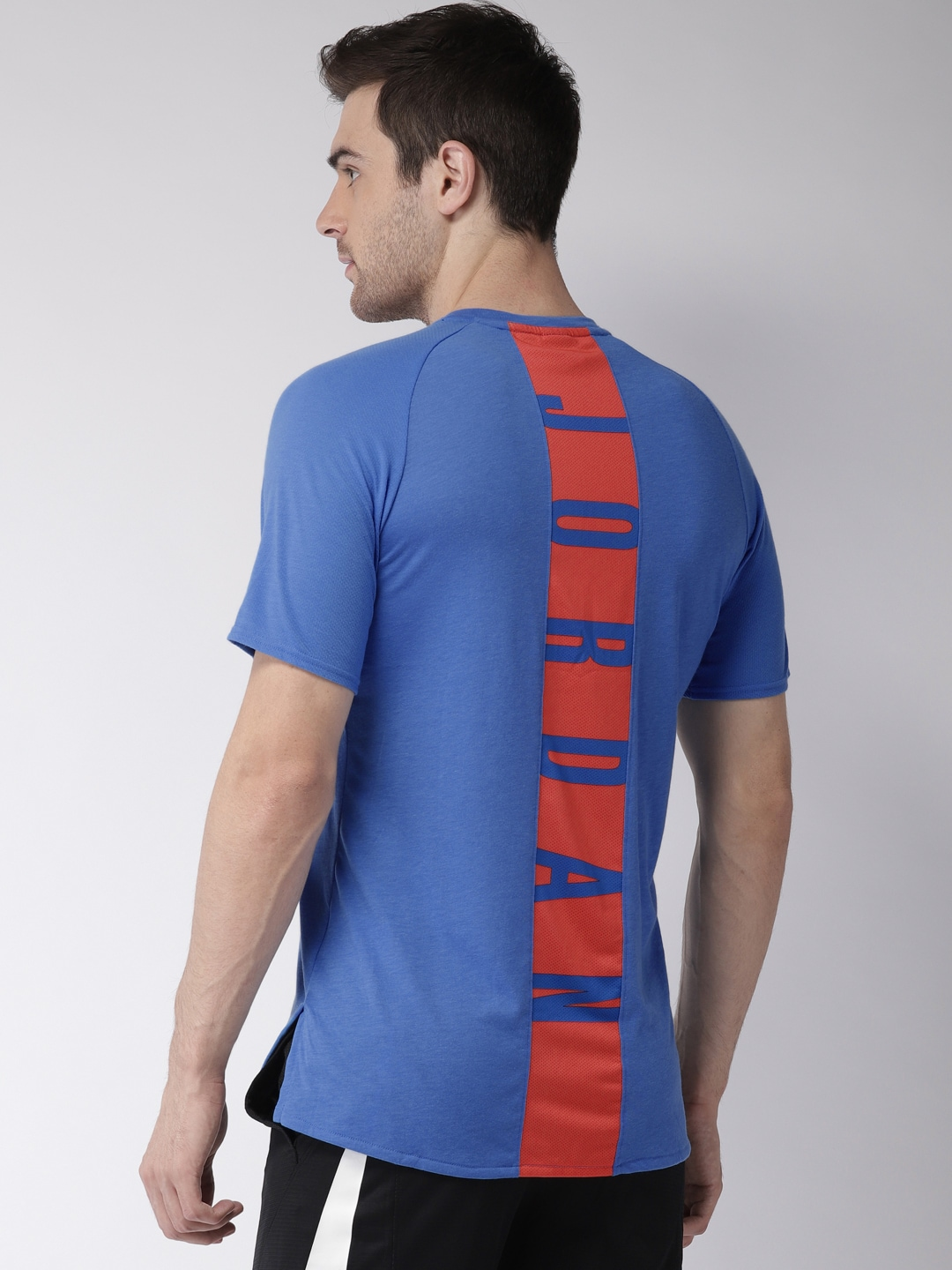 69d5d050136f76 Nike Training Tshirts - Buy Nike Training Tshirts online in India