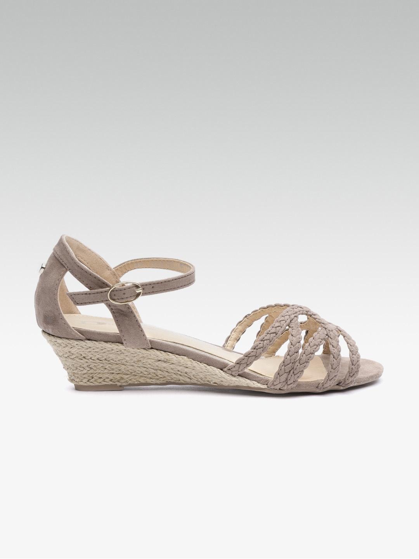 02b21f6f72 Heels For Women - Buy Women heels, high heels & stilettos online - Myntra