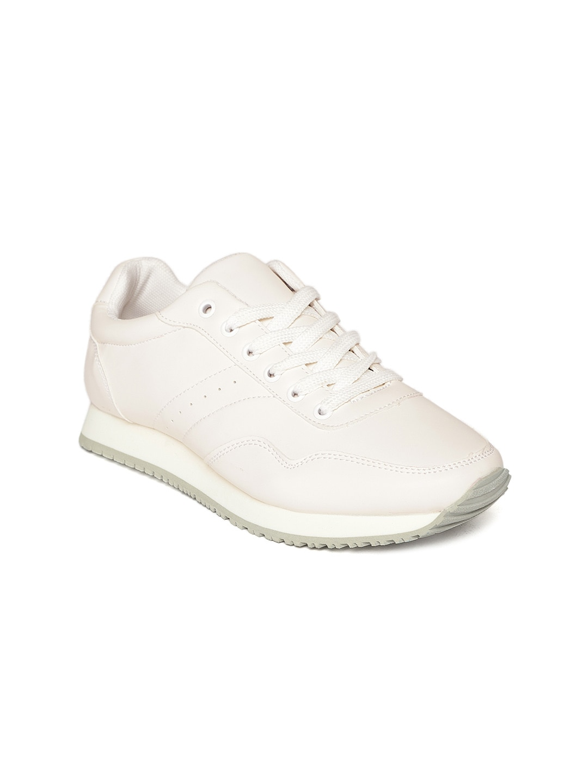 4e91d874038e Women Footwear - Buy Footwear for Women   Girls Online