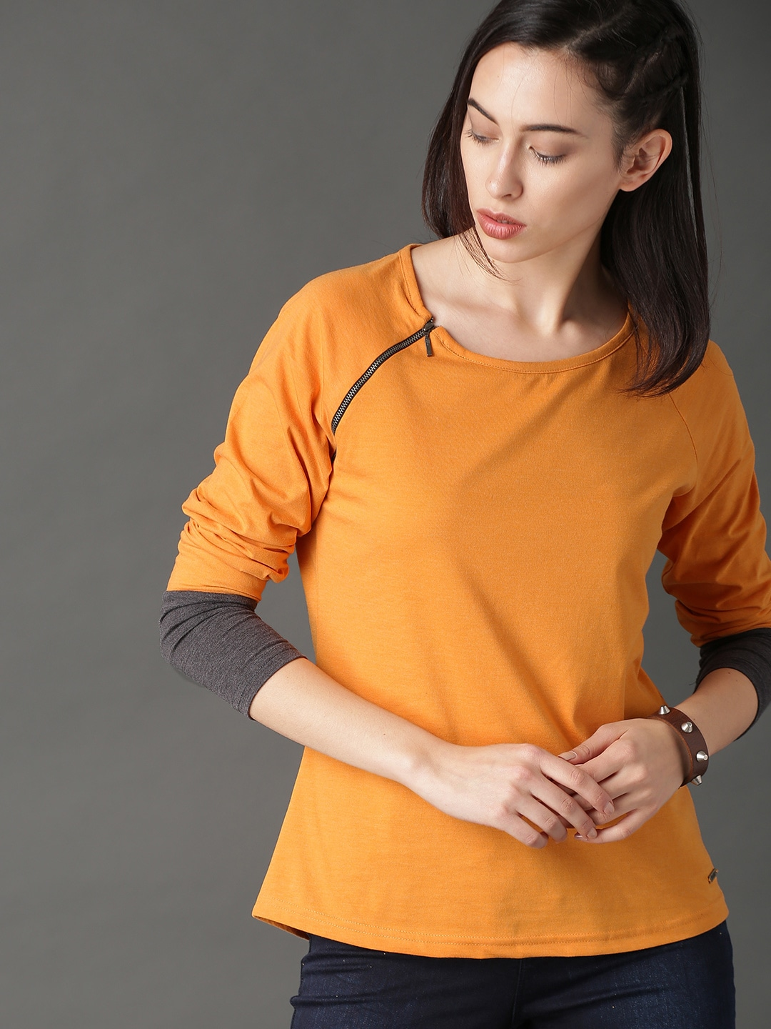 9342e6951df9 Polyester Tshirts - Buy Polyester Tshirts online in India