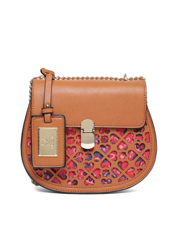d13f757ed0e5 Printed Handbags - Buy Printed Handbags online in India