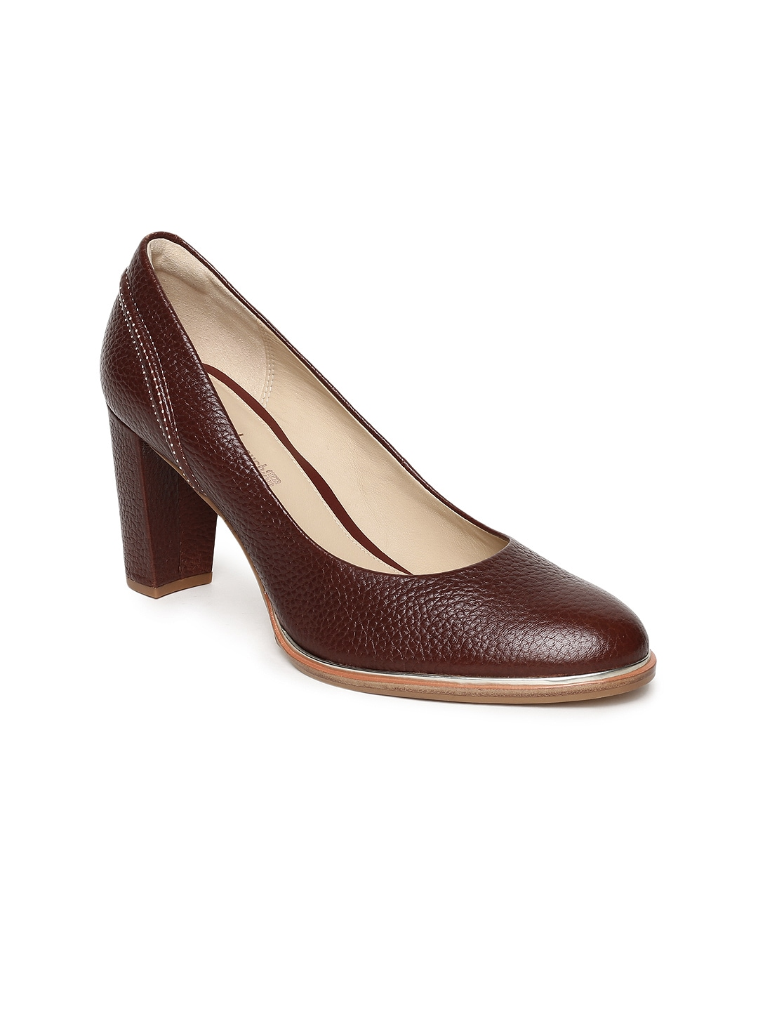57316bea6af Women s Clarks Shoes - Buy Clarks Shoes for Women Online in India