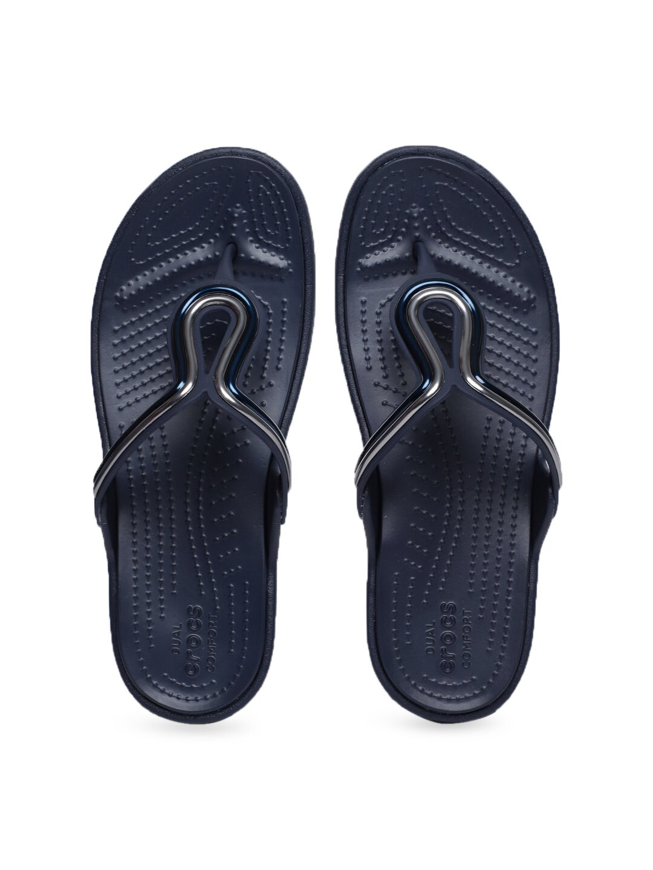 83617524ef5d47 Crocs Shoes Online - Buy Crocs Flip Flops   Sandals Online in India - Myntra
