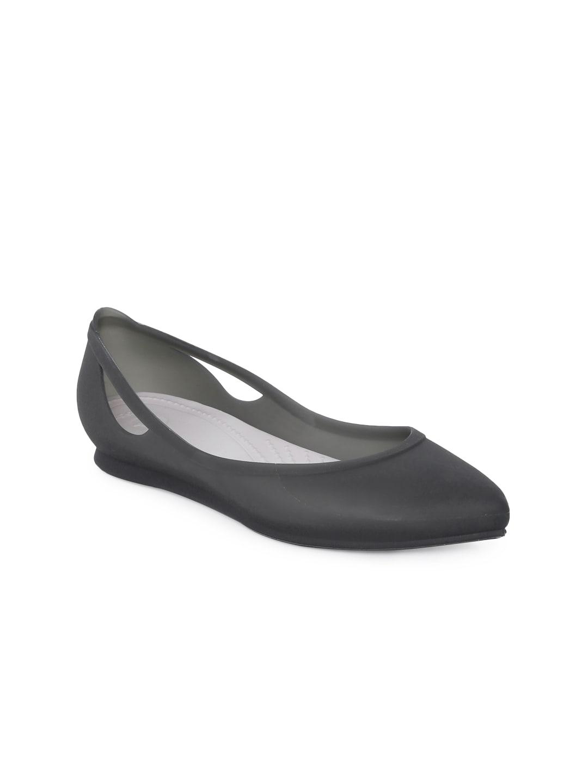 185fa050988c Crocs Shoes - Buy Crocs Shoes Online in India