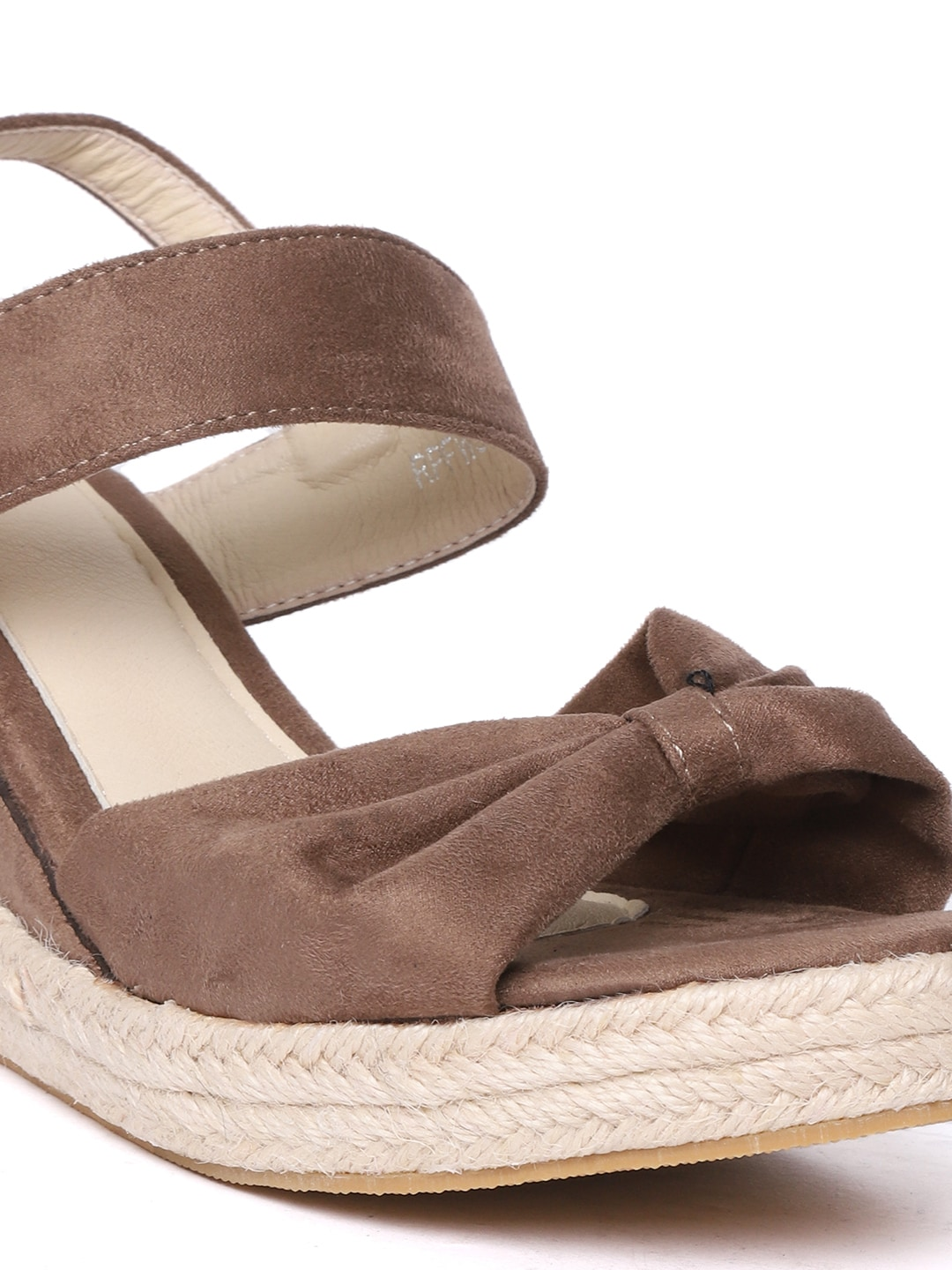 red pout Women Brown Solid Wedges