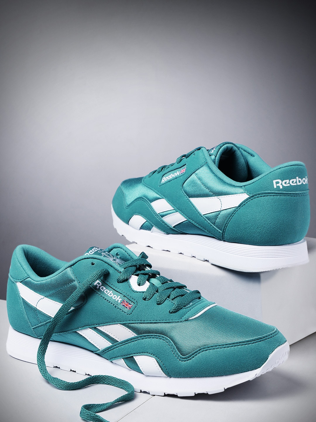 7326779ad80 Reebok Classic Shoes - Buy Reebok Classic Shoes online in India