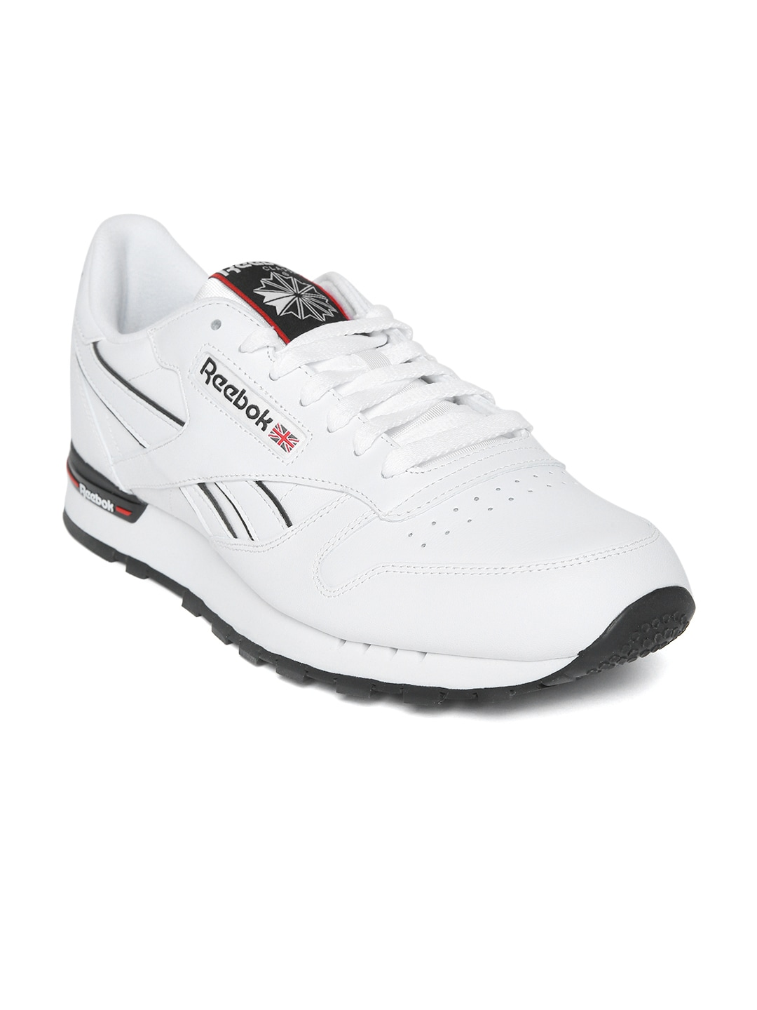 39950b5215fd Reebok White Shoes - Buy Reebok White Shoes online in India
