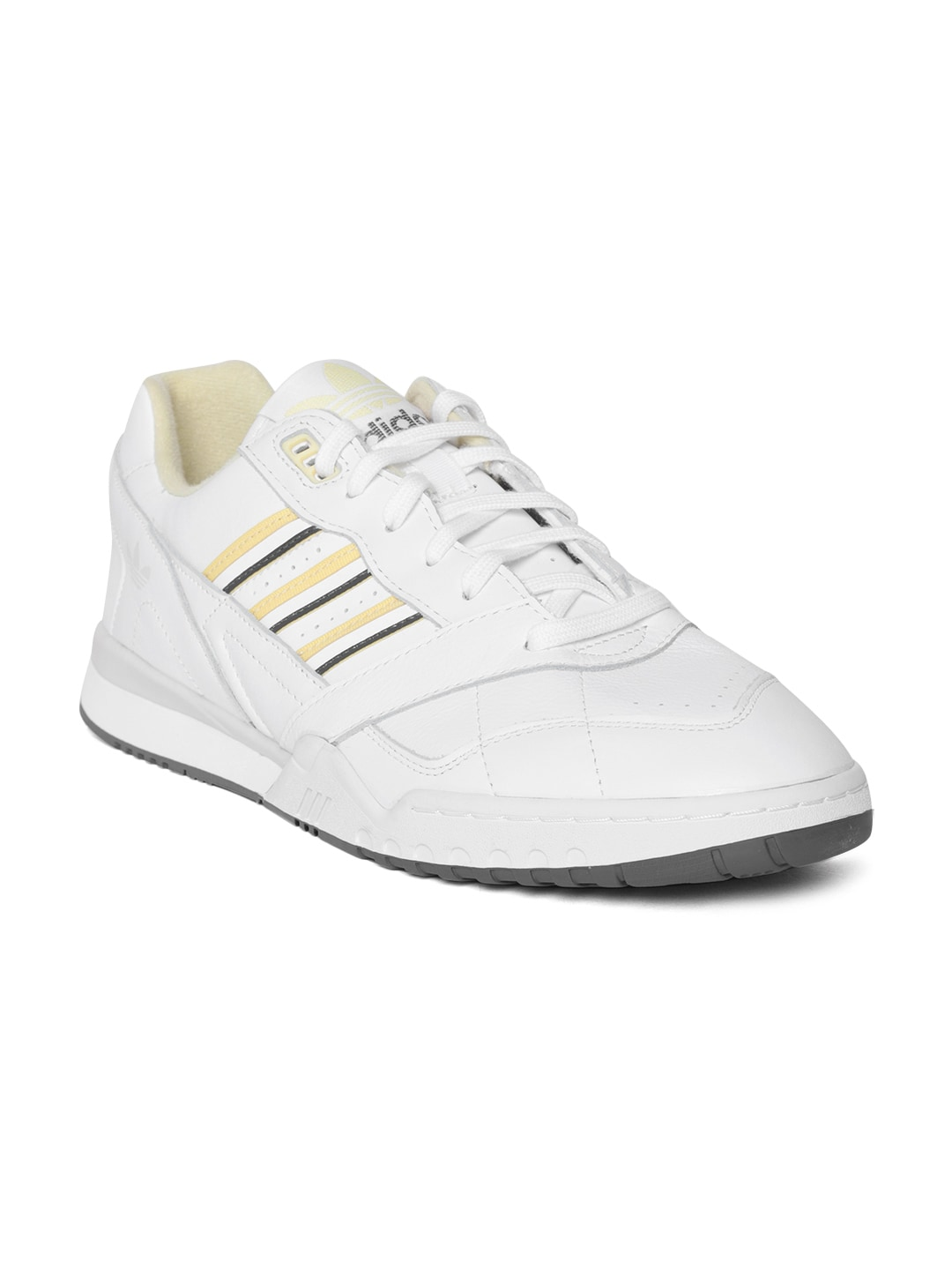 8211d17aa125a Adidas Shoes - Buy Adidas Shoes for Men   Women Online - Myntra