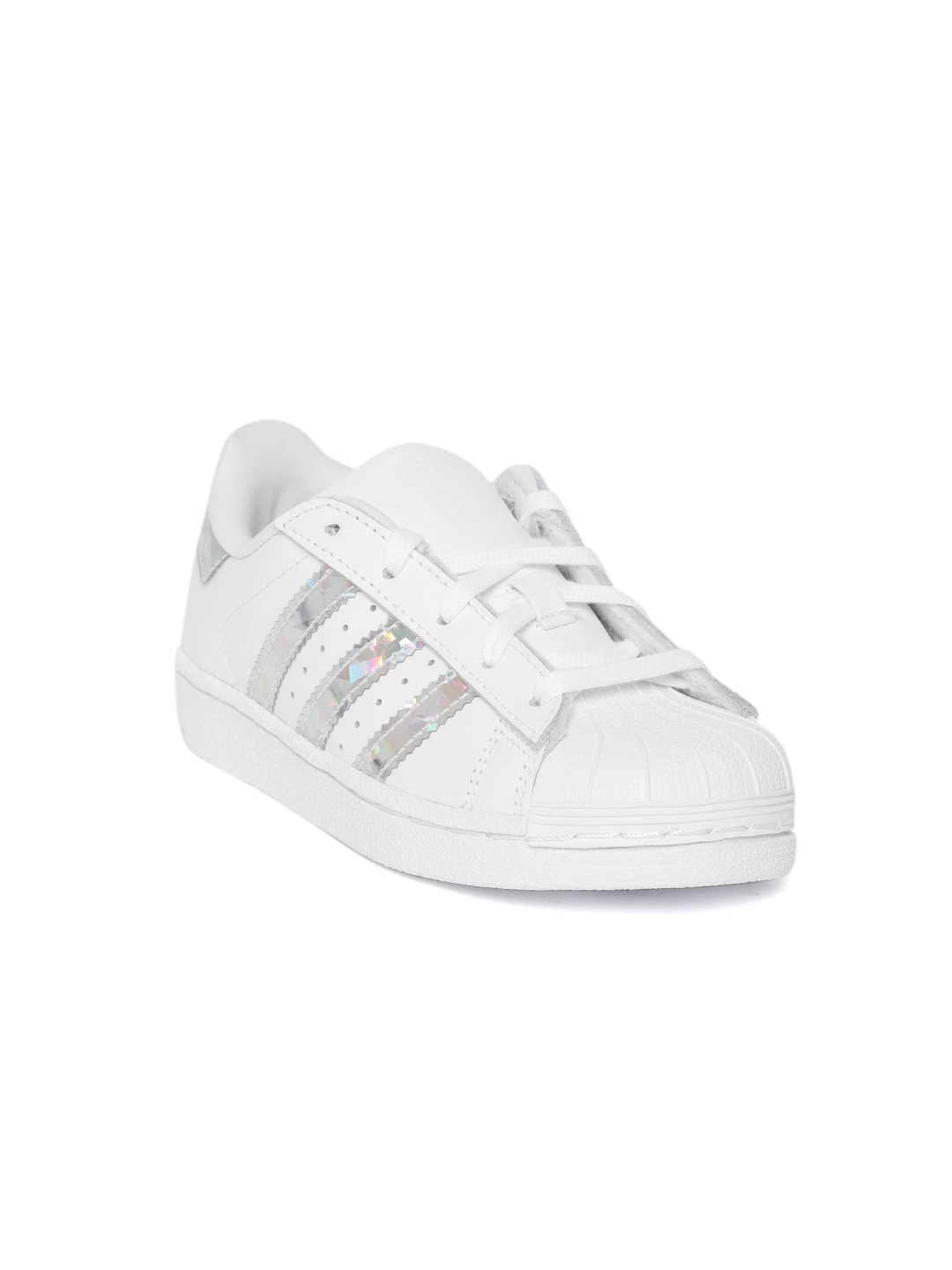 detailed pictures f9283 c5fdd Adidas Superstar Shoes - Buy Adidas Superstar Shoes Online - Myntra