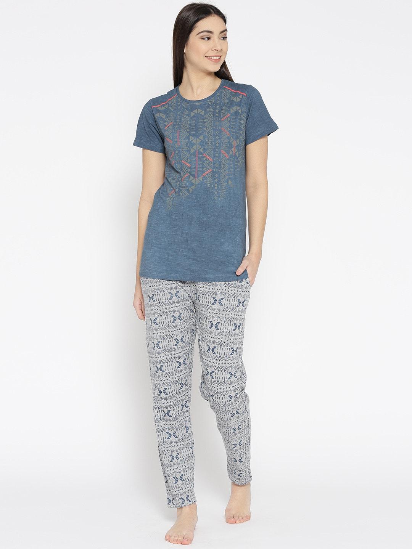 9dbb38838ff Women Loungewear   Nightwear - Buy Women Nightwear   Loungewear online -  Myntra
