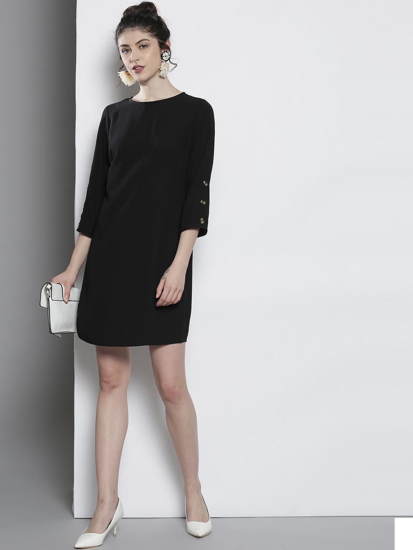 2019 Latest Design Ladie's Black And White Ruffled Skirt Size Medium Skirts