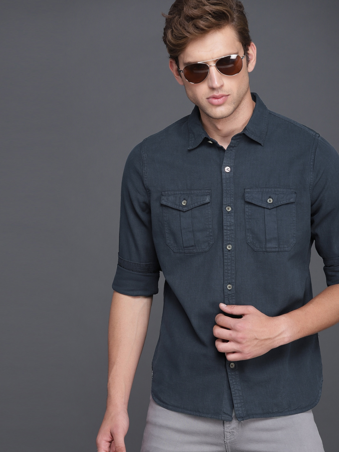 WROGN Men Charcoal Grey Slim Fit Solid Casual Shirt