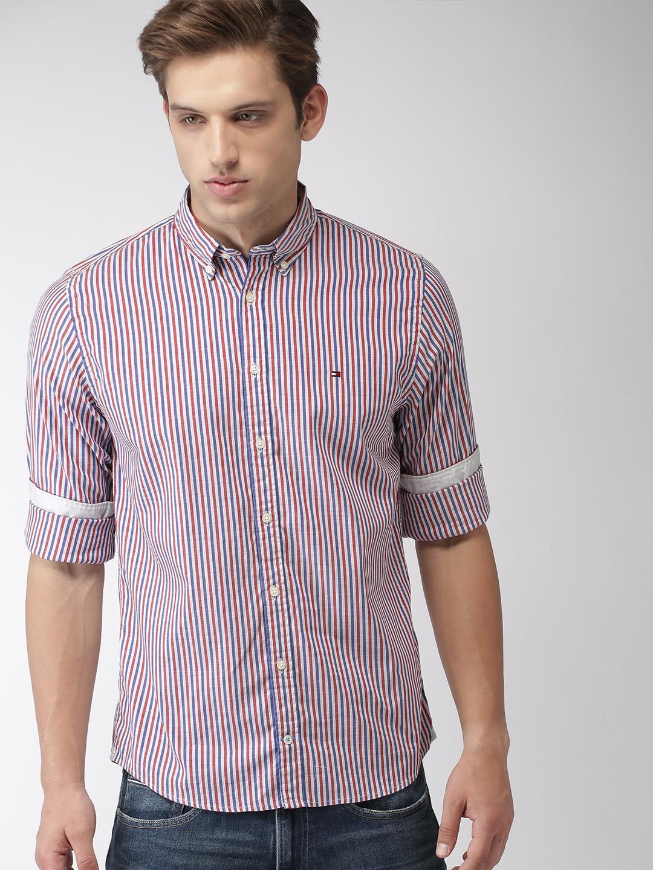 Tommy Hilfiger Men Red & Blue Regular Fit Striped Casual Shirt