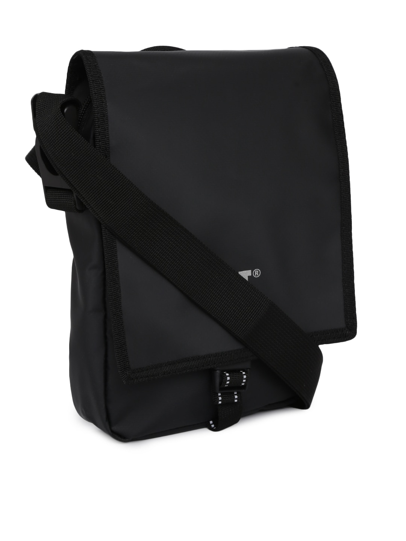 Bags Sling Messenger Handbags - Buy Bags Sling Messenger Handbags online in  India 70d8ecbcec649