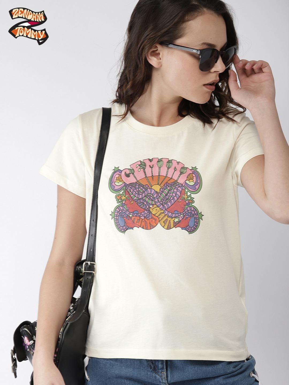 857db560bb1 Hilfiger Denim Tommy Jeans 90s Print T Shirt White | Saddha