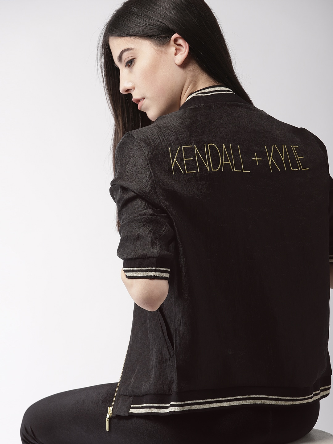 44111eb29fa FOREVER 21 Kendall + Kylie Women Black Back Printed Bomber
