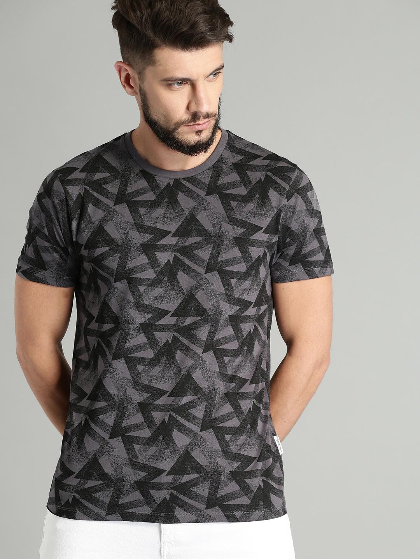 6c00aa4e7af6c4 Deep V Neck Tshirts Men - Buy Deep V Neck Tshirts Men online in India