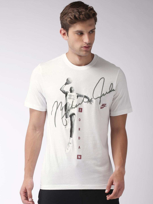 986fedbdc234af Nike Jordan Tshirts - Buy Nike Jordan Tshirts online in India