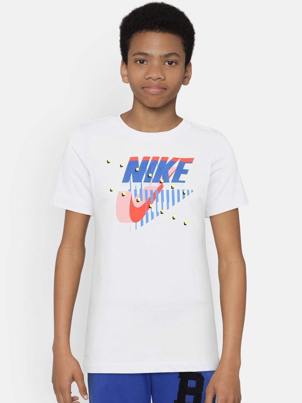 c87f2c3d Nike Tshirts Jackets - Buy Nike Tshirts Jackets online in India