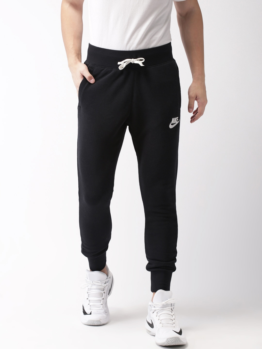 4f4763a9b6ef Nike Joggers - Buy Nike Joggers online in India