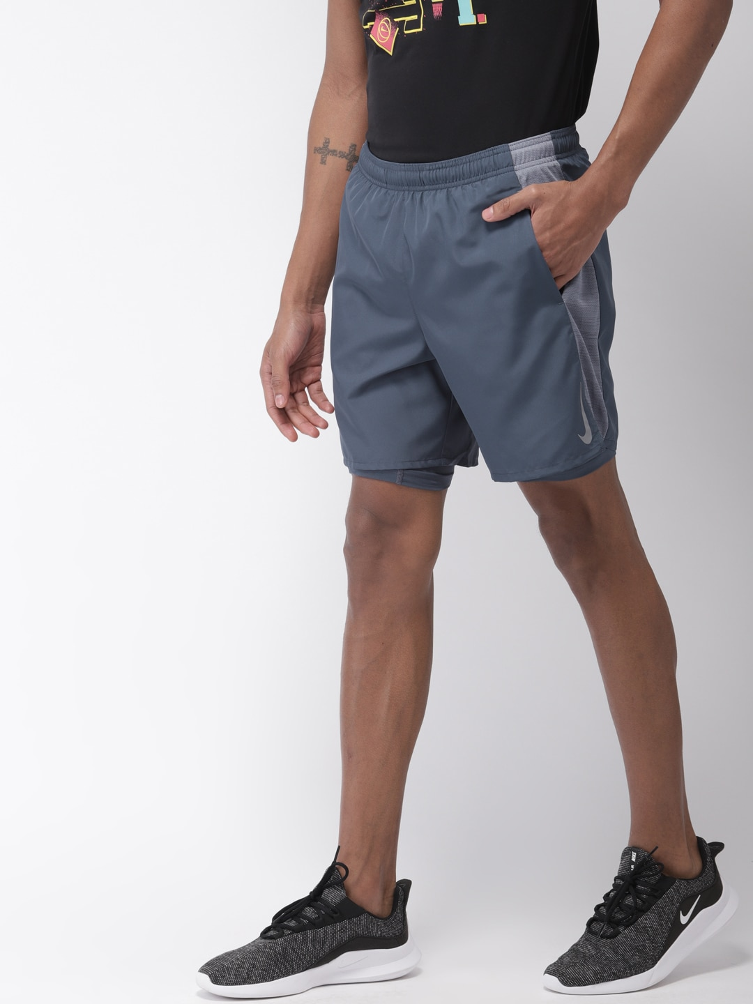feb294e4faceb Nike Sandals Shorts - Buy Nike Sandals Shorts online in India