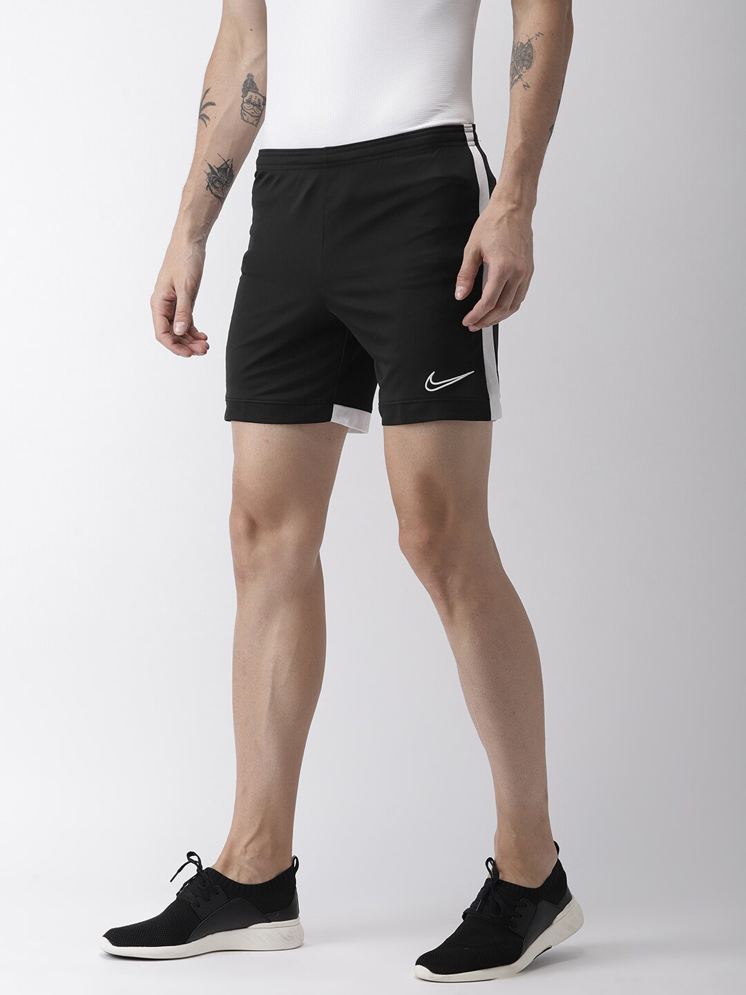6dbf30a741cb5 Nike T&s Skirts Shorts - Buy Nike T&s Skirts Shorts online in India
