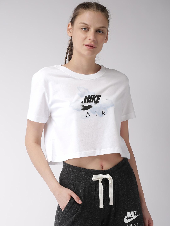 a73af680e0da02 Nike Tshirts Women - Buy Nike Tshirts Women online in India