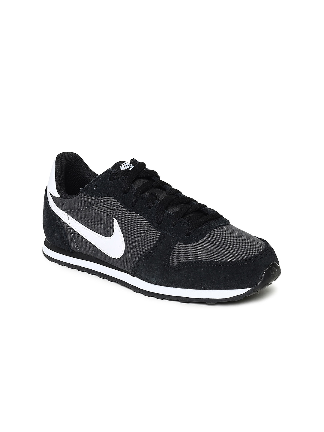 online store 20826 2dd57 Nike Black Women Shoes Casual - Buy Nike Black Women Shoes Casual online in  India