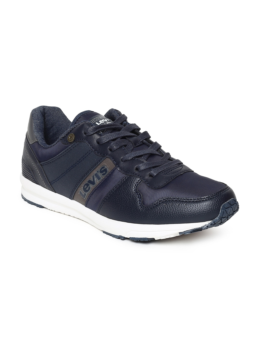 39d42a1db90a0e Levis Casual Shoes - Buy Levis Casual Shoes Online - Myntra