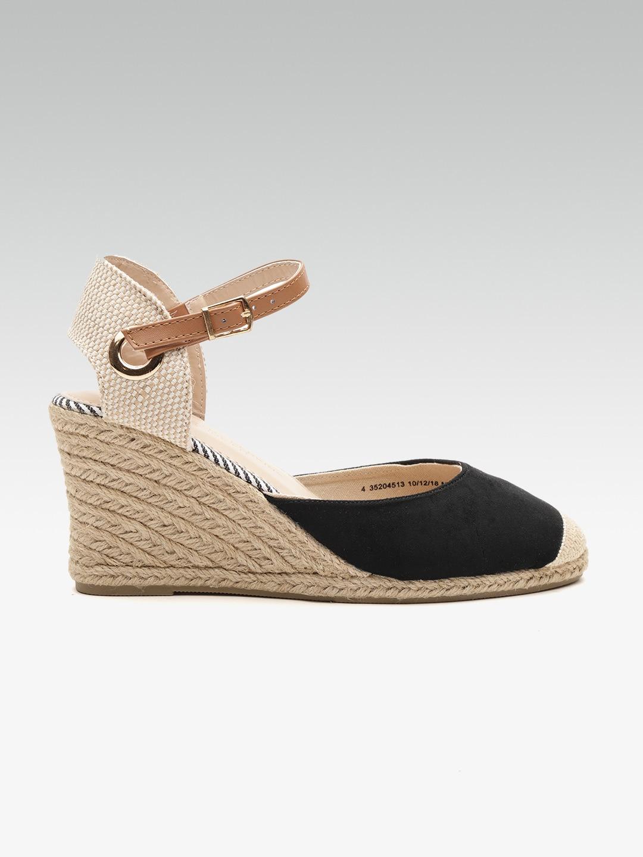new style 93de8 cc023 Heels Online - Buy High Heels, Pencil Heels Sandals Online   Myntra
