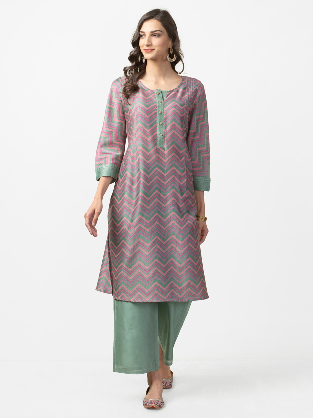 2bfed68e3 Women s Fabindia Kurtas - Buy Fabindia Kurtas for Women Online in India