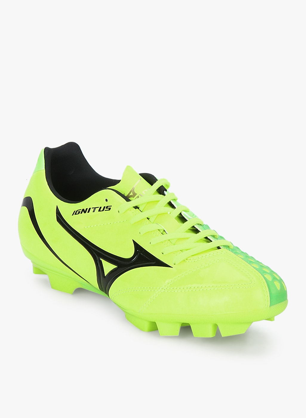 Football Shoes - Buy Football Studs Online for Men   Women in India a4af2188f5