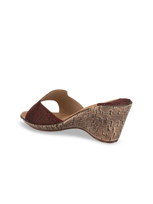 SOLES Women Maroon Solid Heels