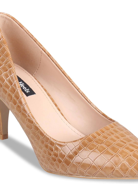 Flat n Heels Women Tan Brown Textured Pumps
