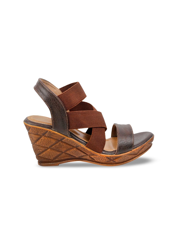 SOLE HEAD Women Brown Colourblocked Sandals
