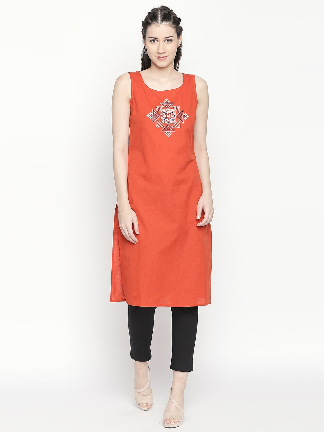 91f45ef9c53 Sleeveless Kurtas