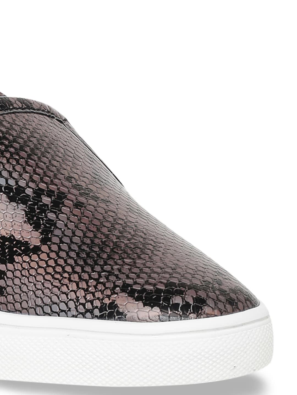Bruno Manetti Women Gunmetal-Toned & Beige Snakeskin Textured Slip-On Sneakers