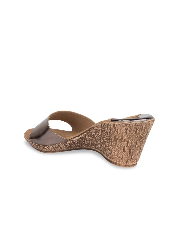 SOLES Women Copper-Toned Solid Heels