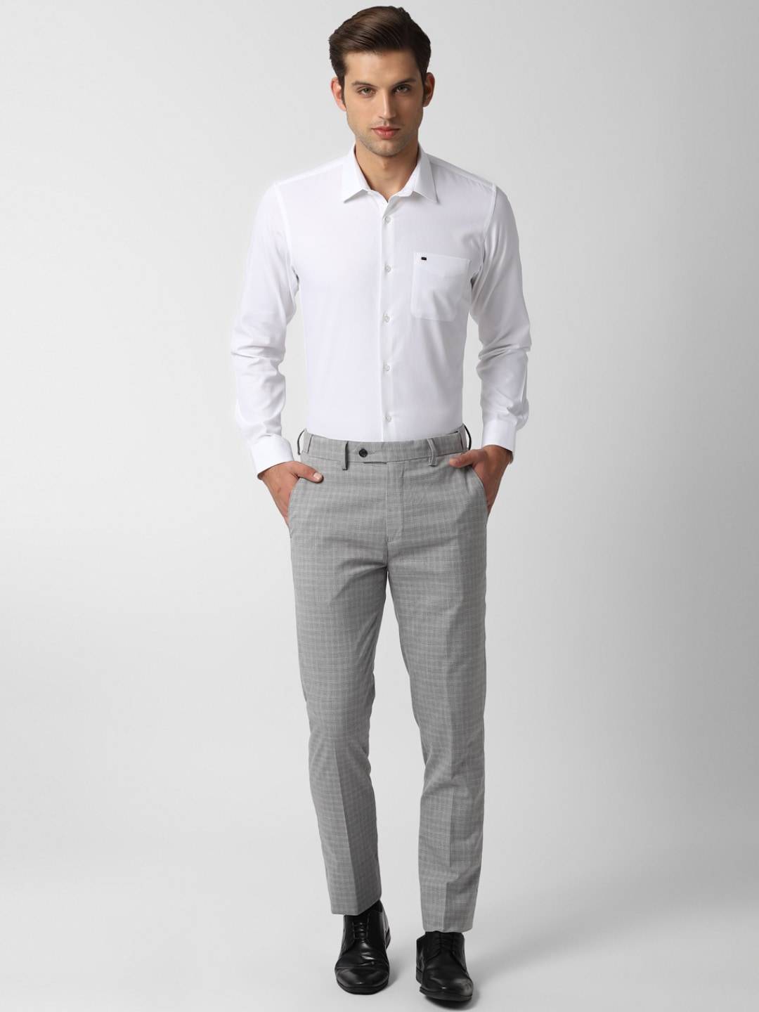 Peter England Men Grey Slim Fit Checked Formal Trousers