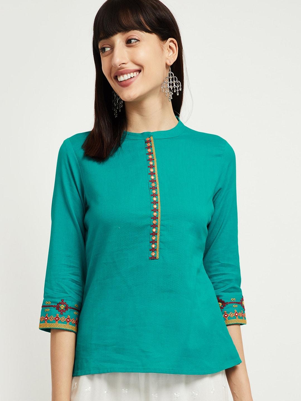 max Women Green Solid Top