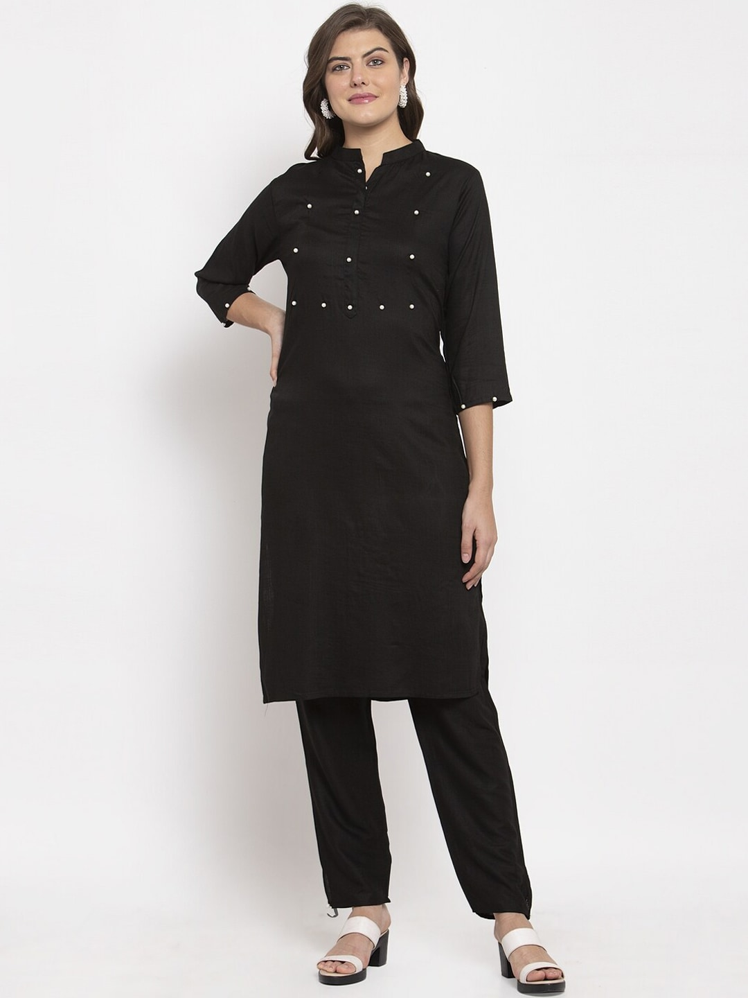 SOUNDARYA Women Black Solid Kurta with Pyjamas
