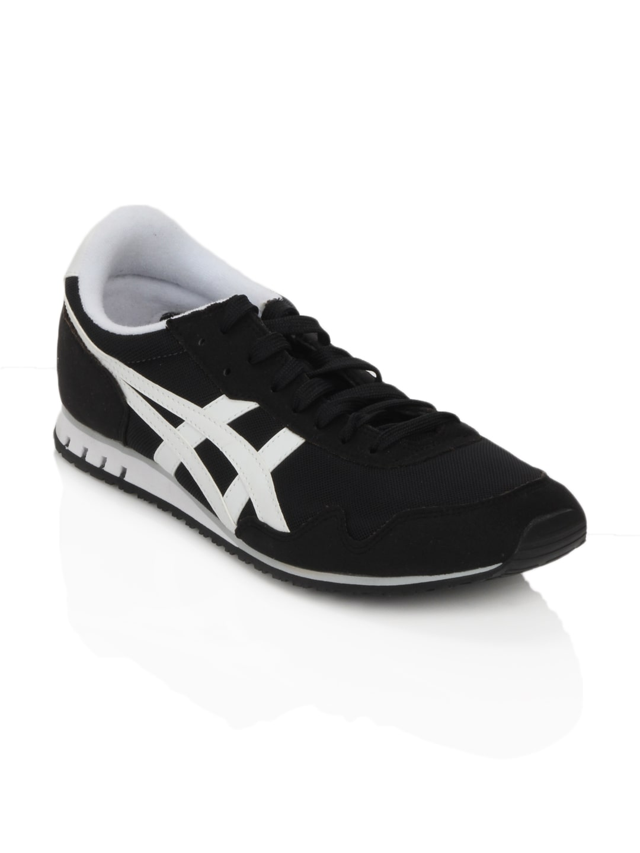 asics sneakers akshay kumar